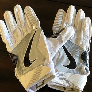 Nike Accessories - NWOT Nike Vapor Jet 4 Football MAGNIGRIP Gloves L